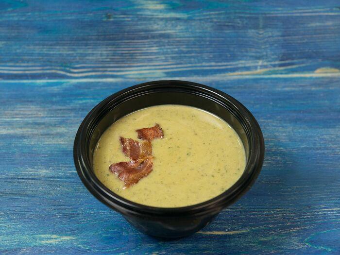 Суп-пюре из свежего зеленого горошка