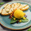 Фото к позиции меню Куриный паштет с чатни из груши и мармеладом из мерло