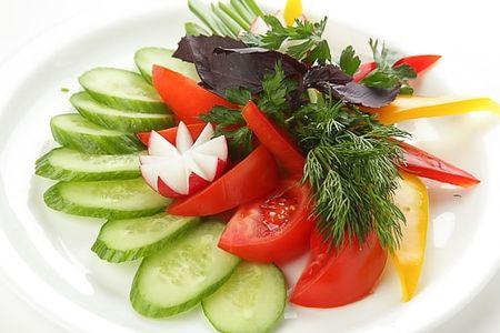 Ассорти свежих овощей