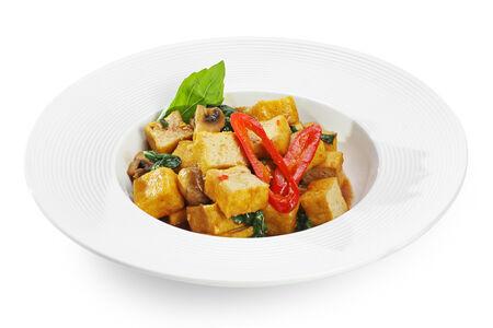 Жареный сыр тофу Тау Ху Пад Кра Прао