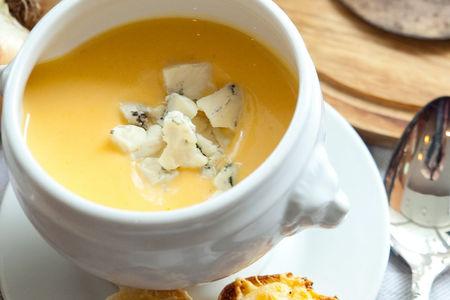 Тыквенный крем-суп с голубым сыром