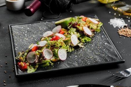 Теплый Паназиатский салат с говядиной