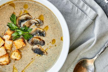 Суп-пюре грибной с зеленью