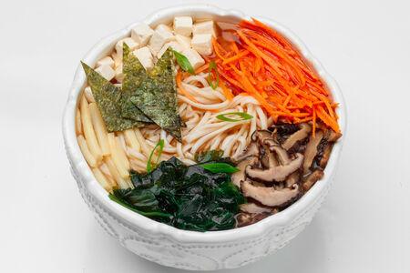 Суп Рамэн вегетарианский с маринованным бамбуком