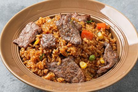 Рис жареный с говядиной и овощами