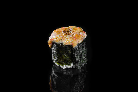 Запеченный суши Спайси краб