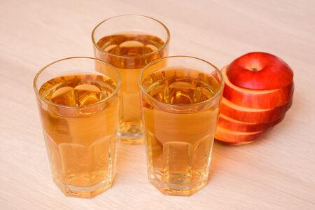 Сок яблочный Широкий Карамыш