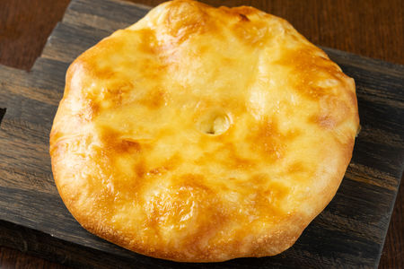 Хачапури с адыгейским сыром