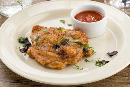 Цыпленок на гриле с соусом Барбекю