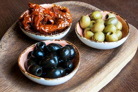 Пеший туризм в Западной Европе (Оливки, маслины, вяленые томаты)
