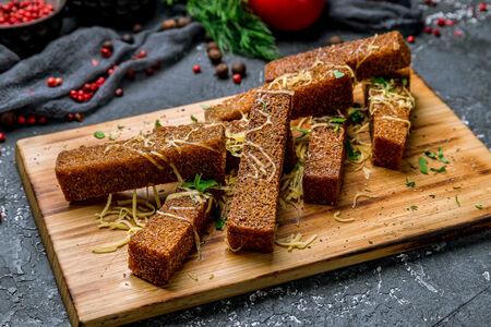 Гренки из ржаного хлеба