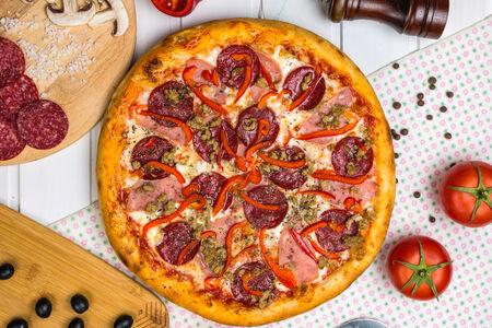 Пицца Мясная американская