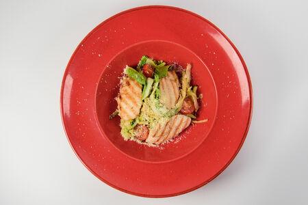 Теплый салат с индейкой