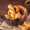 Фото к позиции меню Хлебная корзина с ароматным маслом