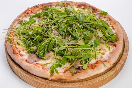 Пицца с тамбовским окороком и рукколой