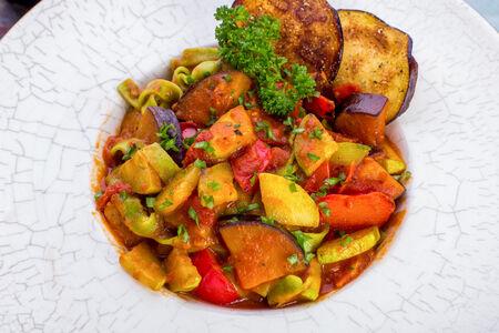 Паста с овощами-гриль