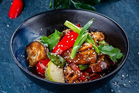 Овощи по-тайски в кисло-сладком соусе