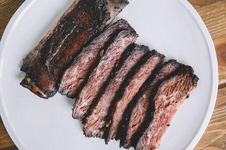 Копченое говяжье ребро