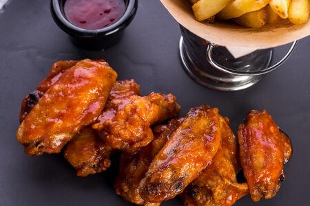 Куриные крылья с соусом чили