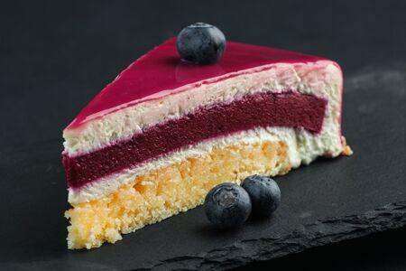 Черносмородиновый торт