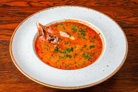 Суп по-тайски с морепродуктами