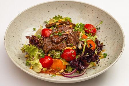 Стейк-салат с мраморной говядиной