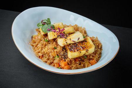 Рис с овощами и яйцом тофу