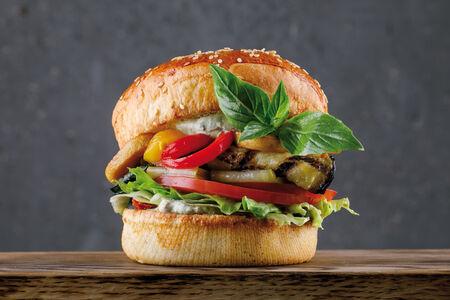 Бургер Вега с овощами гриль