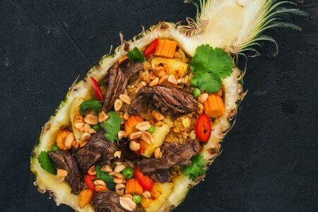 Рис по-тайски с говядиной