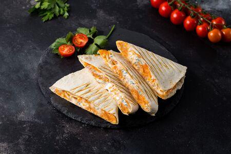 Кесадилья Четыре сыра