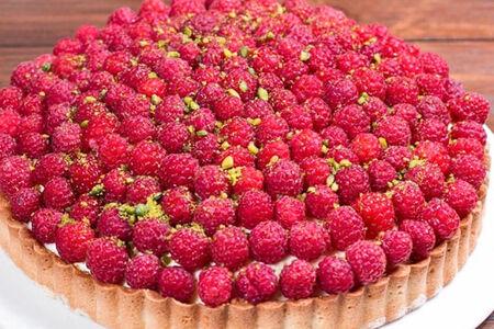 Тарт со свежей ягодой