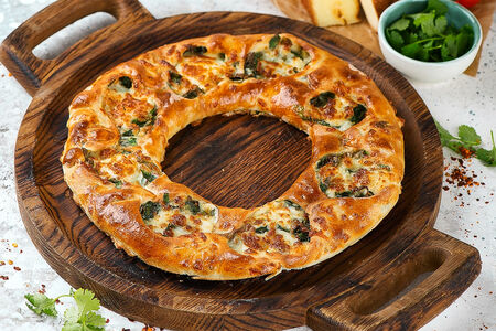 Хачапури с зеленью и сыром