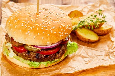 Биф бургер с мраморной говядиной