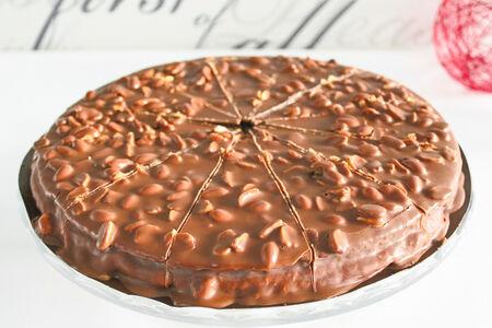 Торт Миндальный Карамель И Арахис