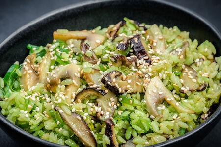 Вок рис с чукой и грибами