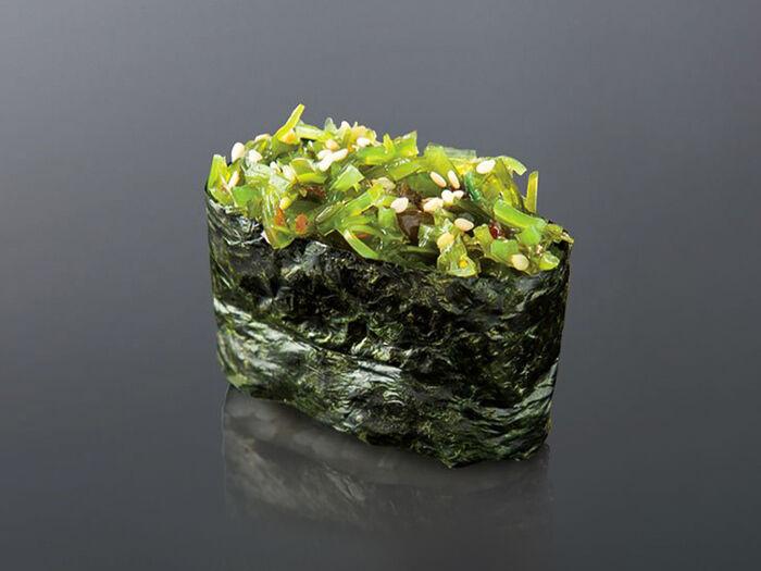 Гункан Маринованные водоросли