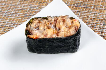 Суши Спайси с угрем