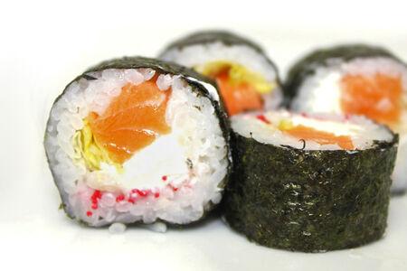 Ролл Киото с копченым лососем