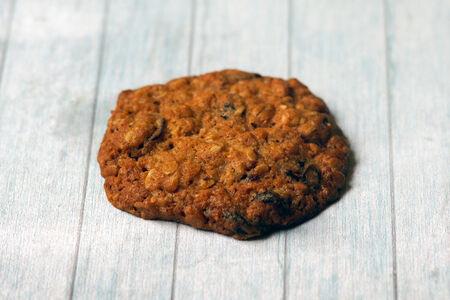 Печенье овсяное с клюквой и миндалем