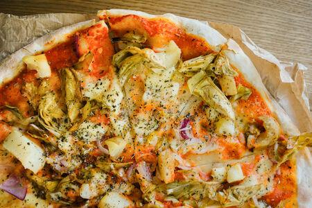 Пицца с артишоками и картофелем