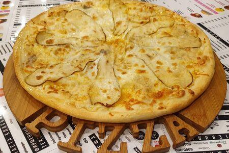 Большая пицца Четыре сыра