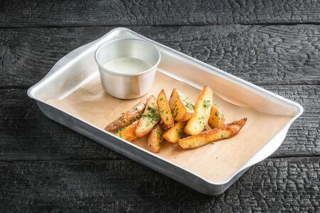 Картофель Айдахо с соусом Тартар
