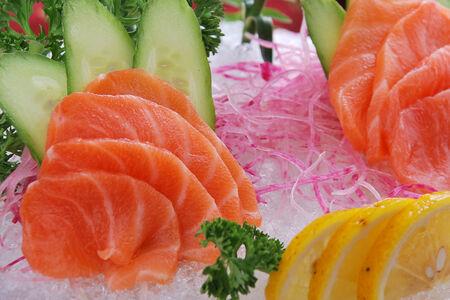 Салат Сашими лосось