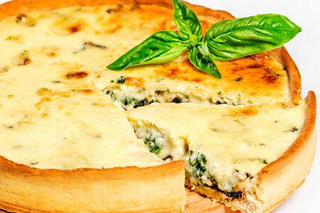 Французский киш лорен с голубым сыром