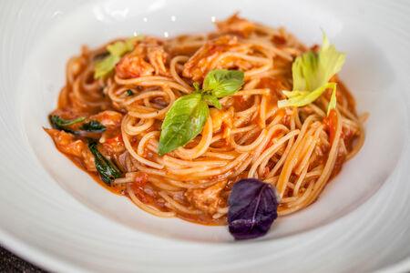 Спагетти с крабом