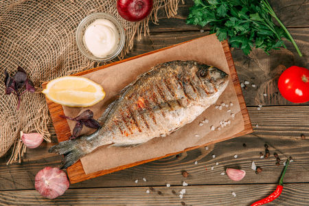 Шашлык из рыбы дорада