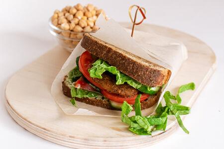 Сэндвич с фалафелем