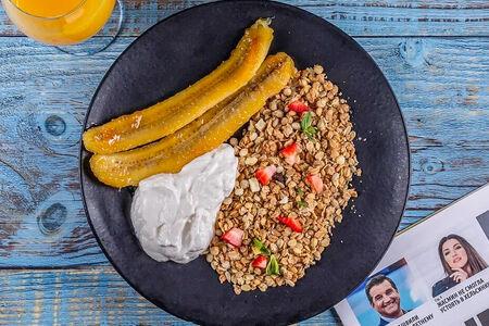 Гранола с бананом