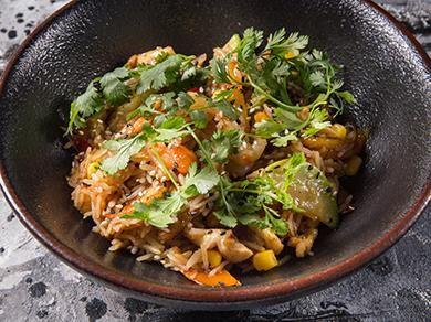 Рис с курицей и креветками