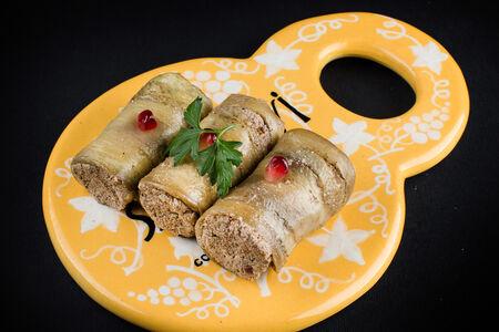 Рулеты из баклажанов с ореховой начинкой